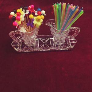 Σετ: δισκάκι με δύο βάσης για οδοντογλυφίδες