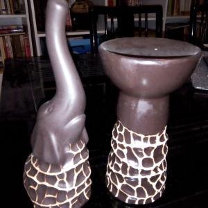 Έθνικ σετ: βάζο ελέφαντας και ρεσώ σε καφέ - μπεζ αποχρώσεις.