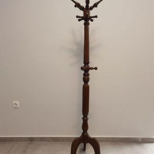 Καλόγερος απο μασίφ ξύλο