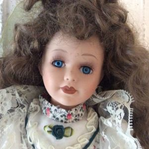 Κούκλα ακρυλική για παιχνίδι ή διακόσμηση