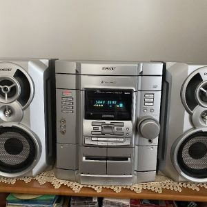 SONY CD RADIO CASSETTE Model HCD-RG110