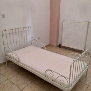 Παιδικό επεκτεινόμενο κρεβάτι ikea minnen με ταβλες και στρώμα