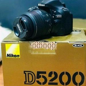 NIKON D5200 18-55 + 55-200.