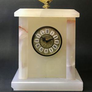 Επιτραπέζιο ρολόι Mercedes από ΟΝΥΧΑ