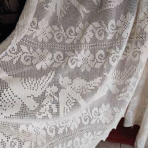 Χειροποίητη υπέρδιπλη κουβέρτα πλεκτή με βελονάκι