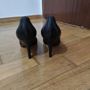 Μαύρες ιταλικές οχταποντες γόβες