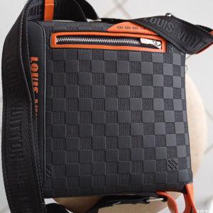 τσάντα ανδρική LV