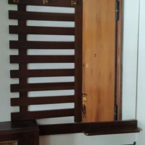 Vintage  έπιπλο κρεμάστρα εισόδου με ράφι τηλ. κ ομπρελοθηκη.