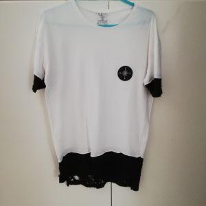 Clever μπλουζάκι άσπρο με μαύρα μανίκια.
