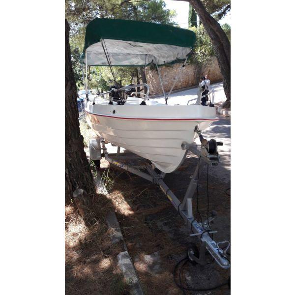 skafos Barka/ Fishing boat