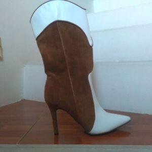 Διχρωμη μπότα