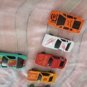 Παλιά αυτοκινητακια.