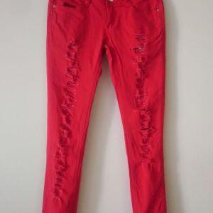 παντελόνια τζιν με σκισίματα κόκκινο χρώμα size 38 EUR