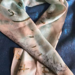 Ολομεταξο μαντηλι,ζωγραφισμένο.