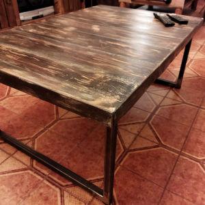Βιομηχανικό τραπέζι σαλονιού