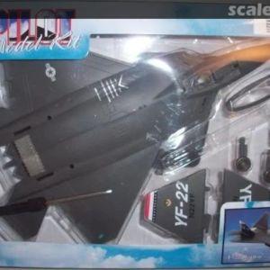PILOT MODEL KIT YF-22