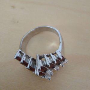 Δαχτυλίδι.