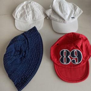 Τέσσερα καπέλα για αγοράκι