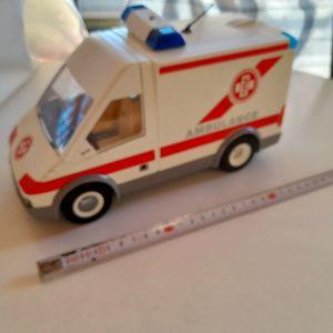 Playmobil Ασθενοφόρο Πρώτων Βοηθειών