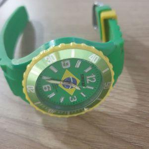 Ρολόι Quarz made in  Japan στα χρώματα  της Βραζιλίας