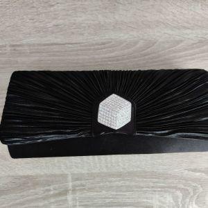 Βραδινή τσάντα μαύρη