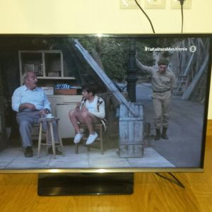"Samsung τηλεόραση LED flat screen 32"""