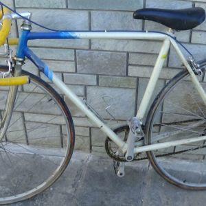 Πωλείται ποδήλατο κούρσας Benotto