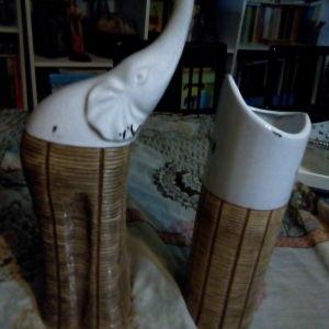 Σετ: πορσελάνινος, διακοσμητικός ελέφαντας και πορσελάνινο βάζο.