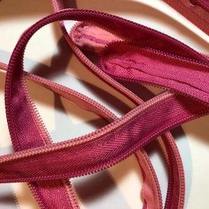 Ροζ κασετίνα zip it