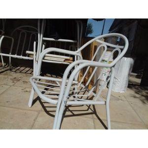 σιδερένια πολυθρόνα κήπου