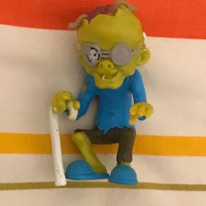 φιγούρα zombie (ζόμπι) με μαγνήτες στα πόδια