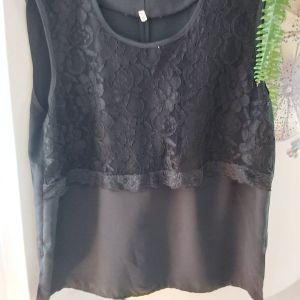 Μπλούζα μαύρη L-  XL νούμερο.