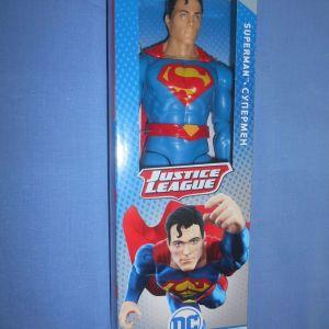 SUPERMAN JUSTICE LEAGUE FIGURE