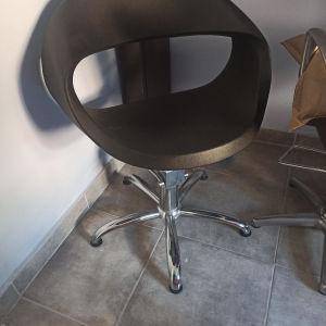 Καρέκλα κομμωτηρίου