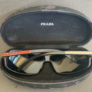Γυαλιά  Prada