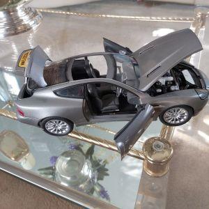 Αυτοκίνητο συλλεκτικό κλίμακα 1:18   Aston Martin