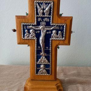 Ξύλινος Επάργυρος Σταυρός με Μπλε Σμάλτο 22εκ