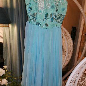 Όμορφο φορεματάκι 46 νούμερο