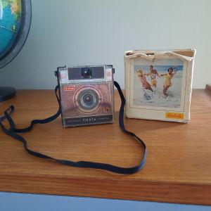 Φωτογραφική μηχανή Kodak Brownie Fiesta