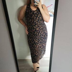 Midi leaf dress