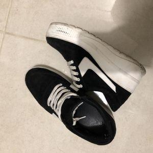 Women shoes 38