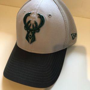 Καπέλο Milwaukee Bucks Giannis Antetokounmpo Flex Fit Cap New Era