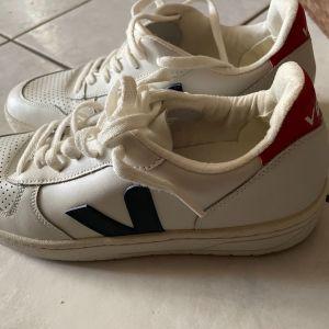 Παπούτσια unisex νούμερο 42