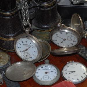 3 ρολογια τσεπης αντικες . serkisoff . co. konstantinopo ο,800(2) . , χρονομετρικον [  ελληνικοι σιδηροδρομοι χρειαζεται επισκευη  ]