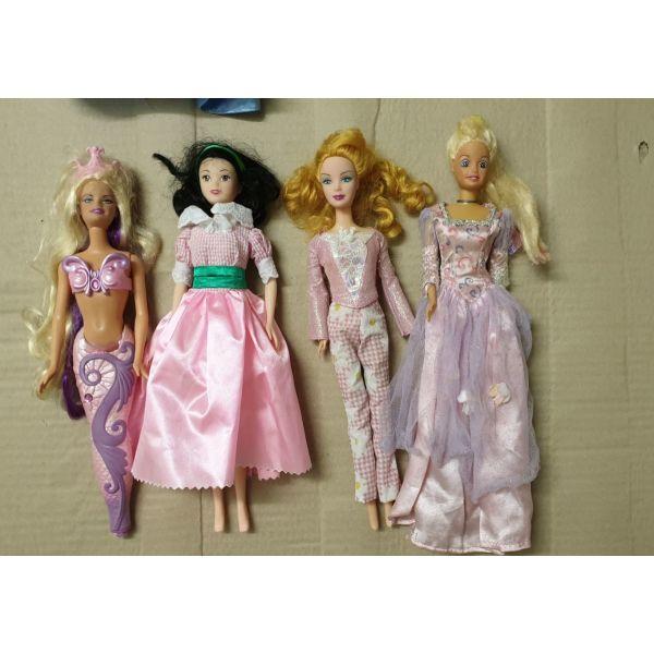 koukles  Barbies