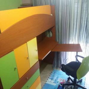 Παιδικό κρεβατι ημιδιπλο με ενσωματωμένο γραφείο,συρτάρια ντουλάπια,σκάλα.