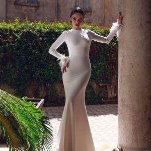 Chic Νυφικό του οίκου Armonia Wedding Dresses
