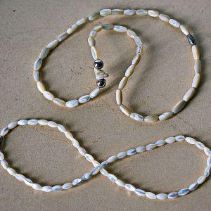 Κολιεδάκια λαιμού x2 από σμάλτο-κοχύλια