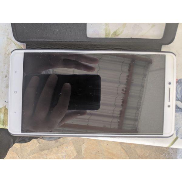 Xiaomi mi max 1  se para poli kali katastasi