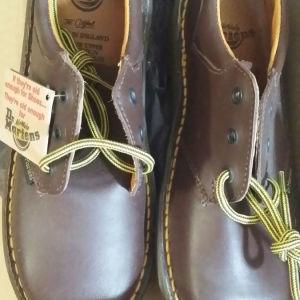 Dr. Martens αγορίστικα παπούτσια